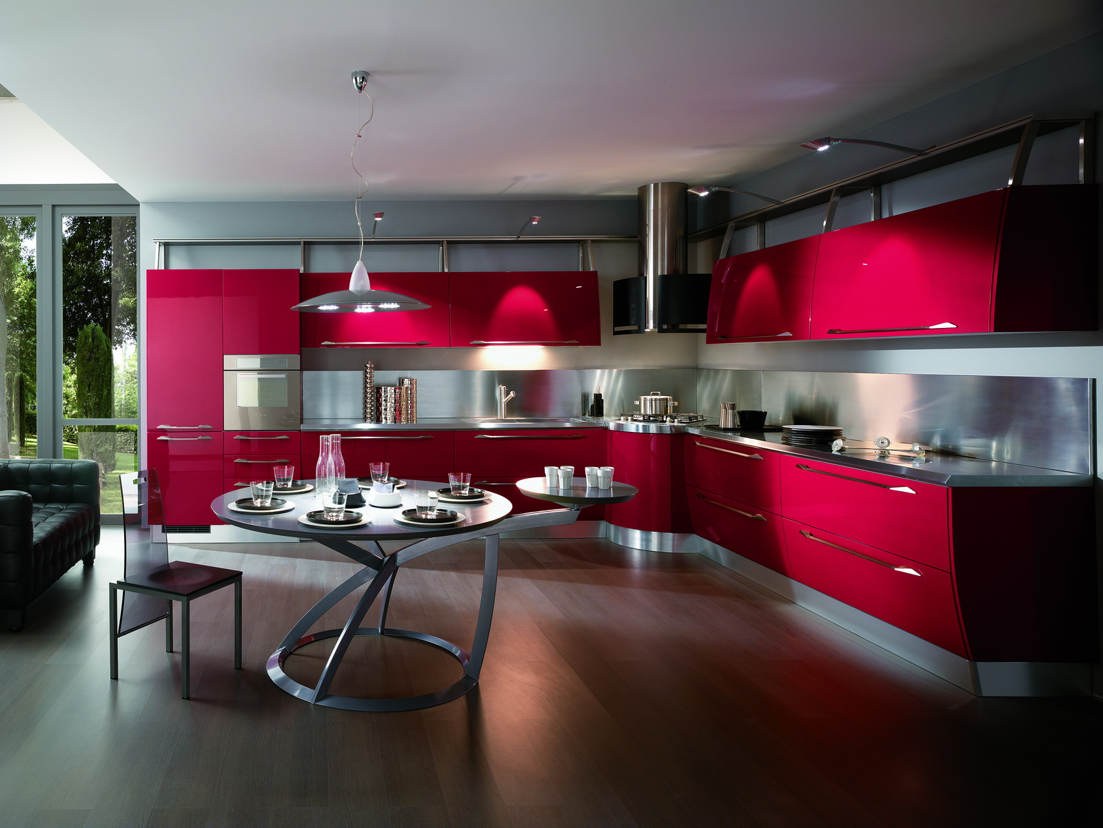 Для кухни в стиле хай тек характерна точечная подсветка.