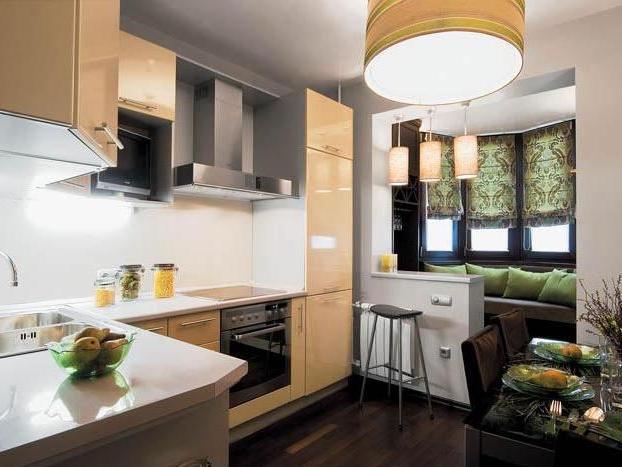Балкон на кухне расширяет пространство