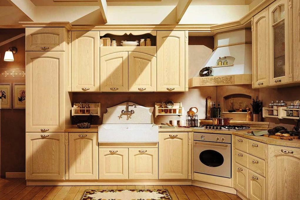 """Деревянная мебель на кухне в стиле """"Прованс"""""""