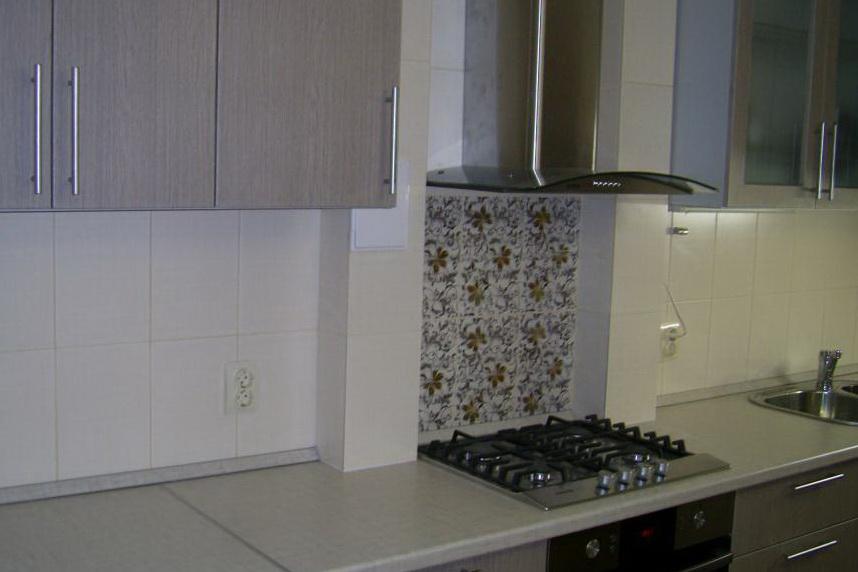 Декоративный короб – может очень гармонично вписаться в вашу кухню.