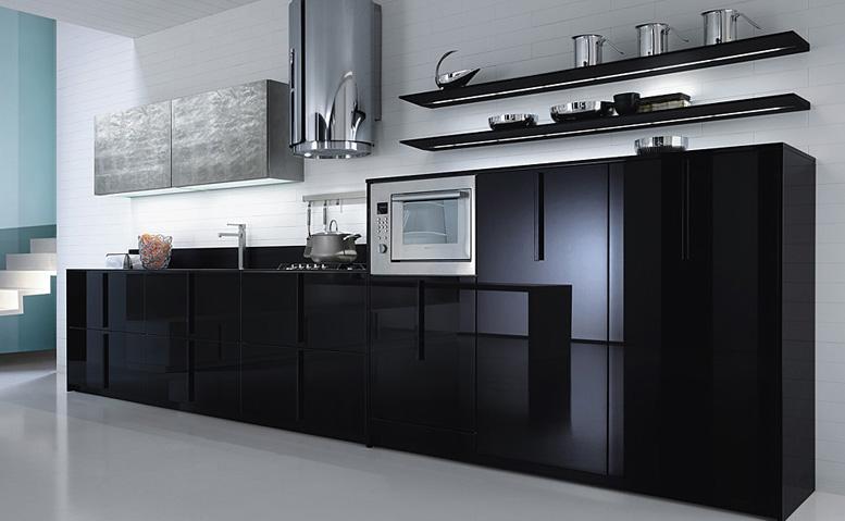 Кухня выполненная в стиле Hi Tech выделяется среди других интерьеров прямотой линий и современным оборудованием.