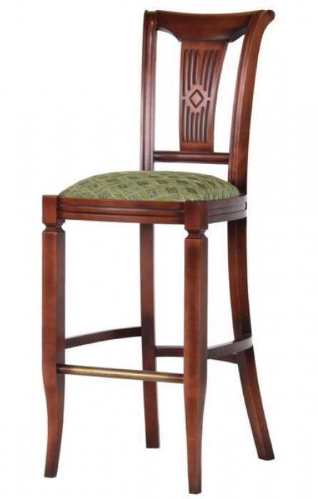 Вполне классический стул с удлиненными ножкам может быть барным.