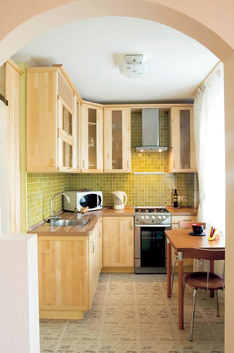 Размер кухни не мешает сделать ее красивой и удобной