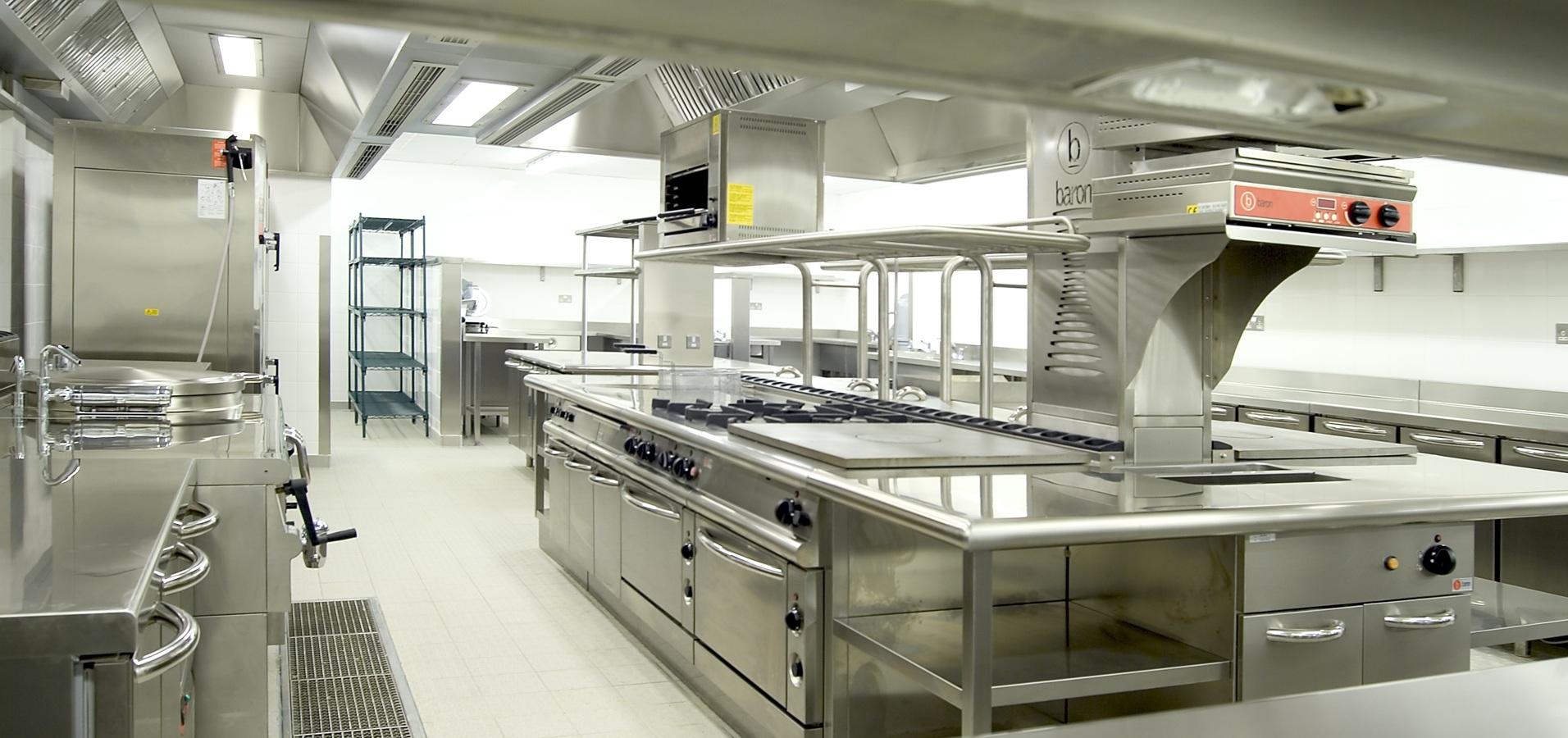 Профессиональная кухня выглядит именно так