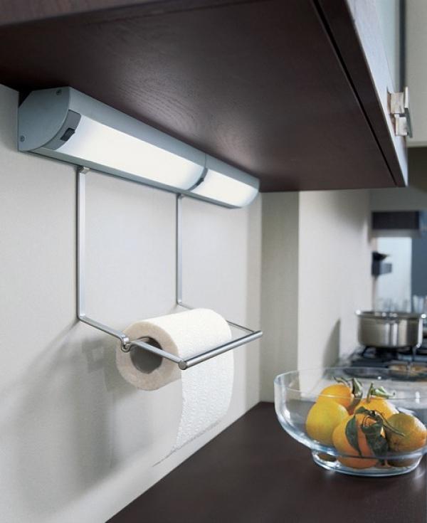 Накладной светильник с держателем полотенц