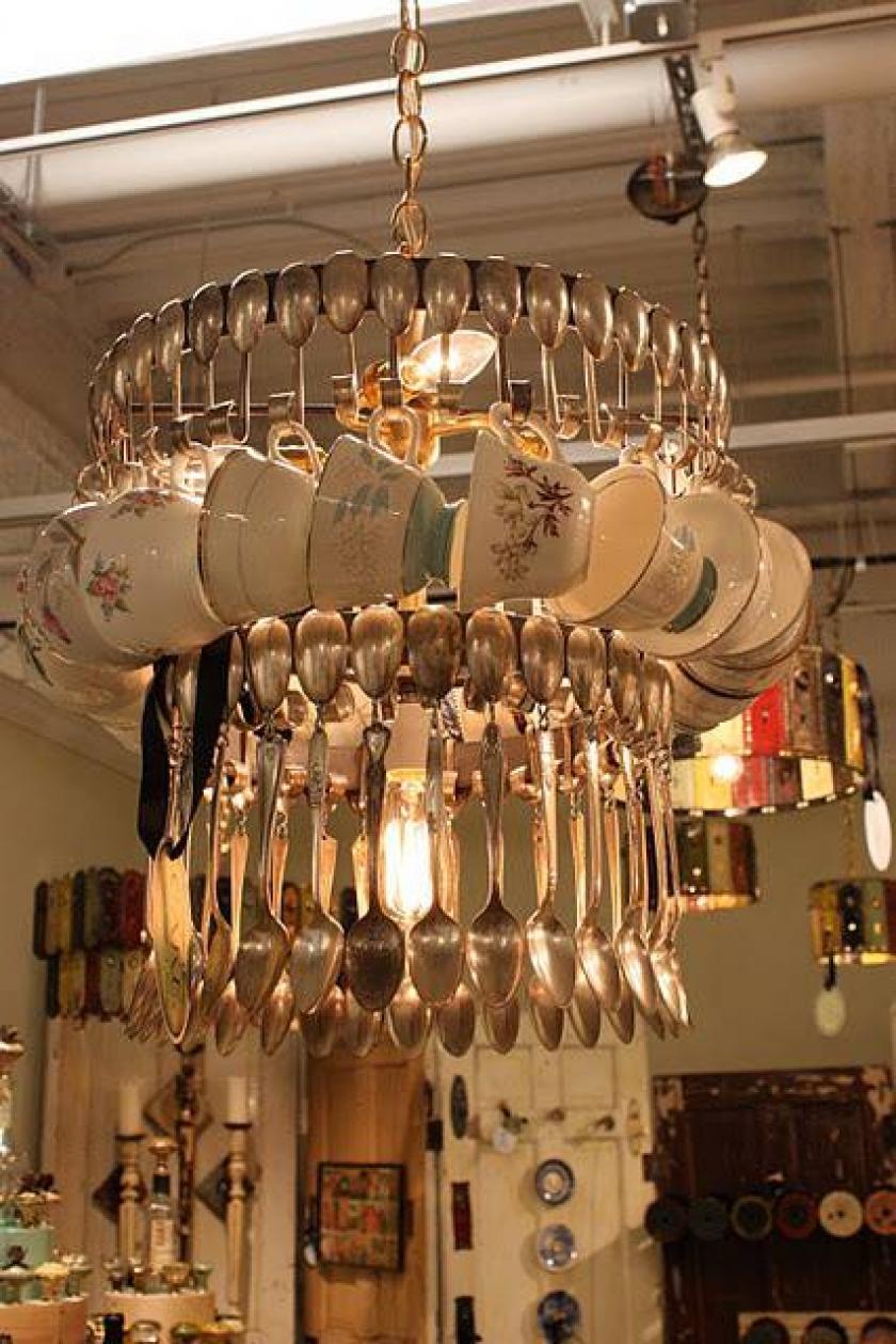 Такие необычные светильники создаются под определенный дизайн кухни.