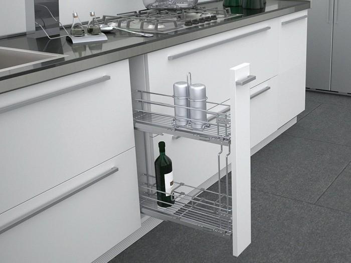 Шкаф карго с разделителями для бутылок