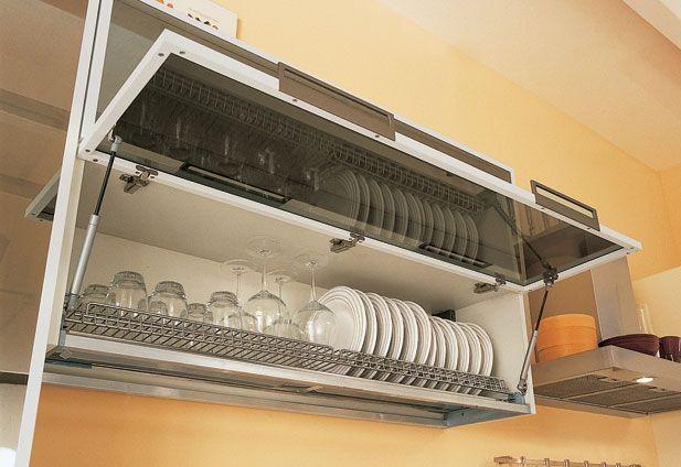 Дверцы оснащенные газлифтами органично впишутся в любую кухню
