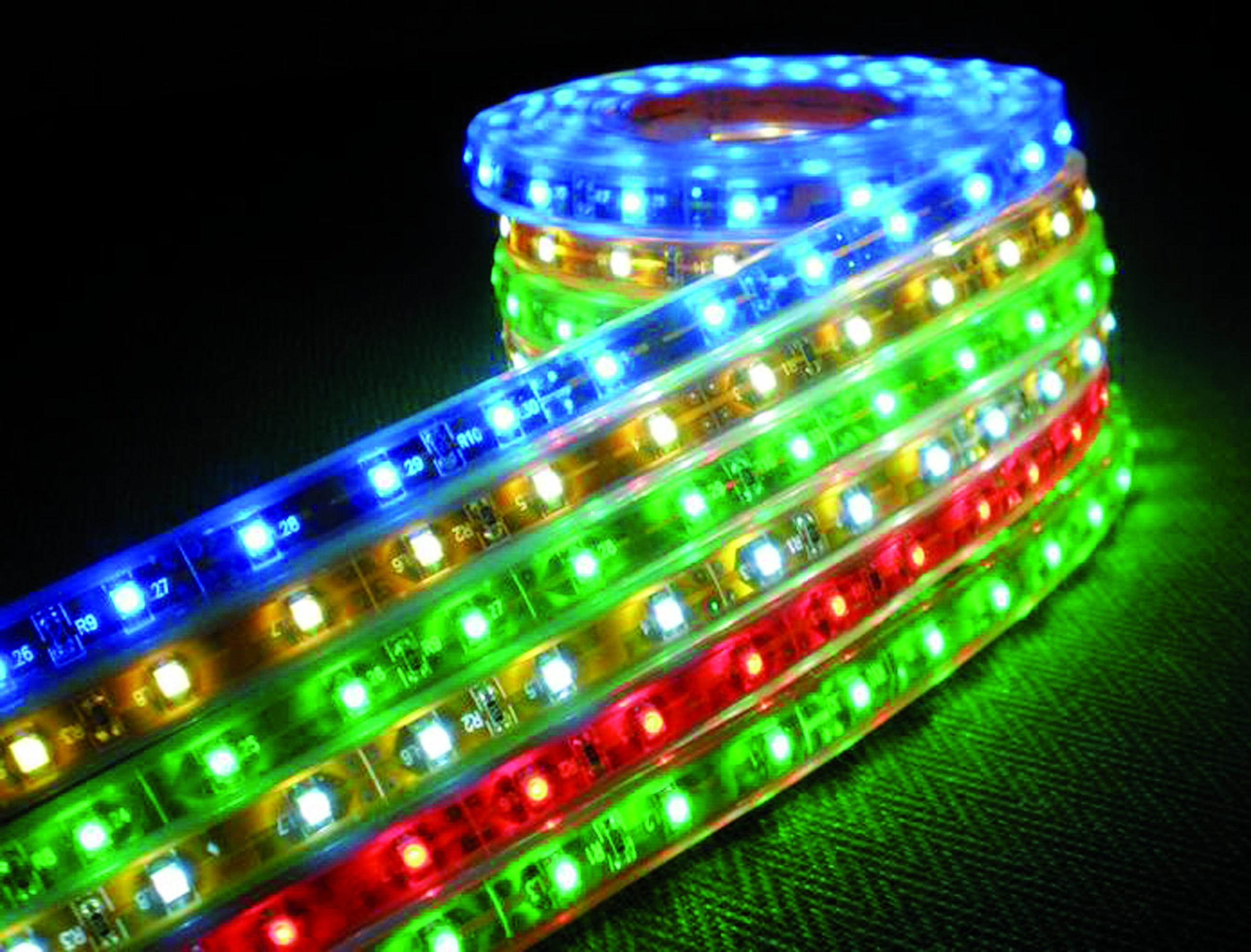 Цветная светодиодная лента современное решение по освещениию