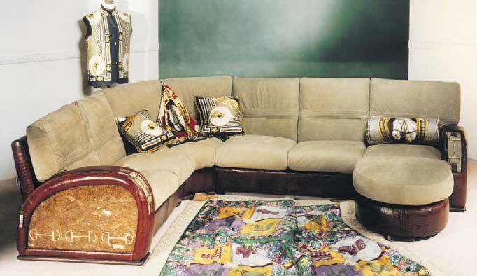 Эксклюзивный угловой диван придает интерьеру роскошь