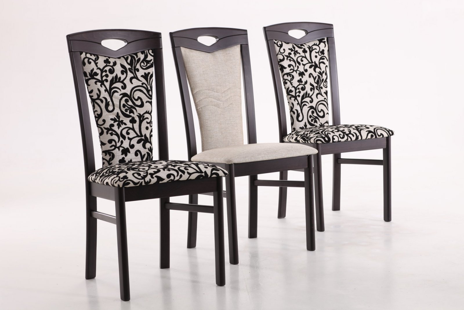 К обивке стульев так же предъявляться определенные требования качества