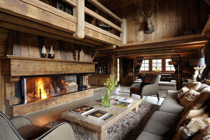 Шале стиль подразумевает использование просторных комнат.