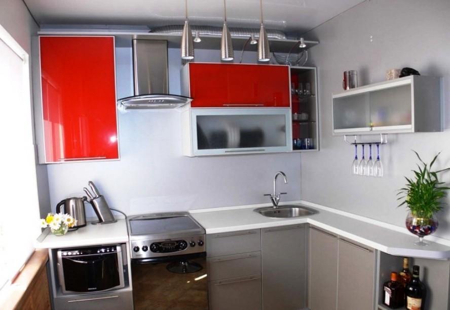 Мебель для малогабаритной кухни в стиле хай тек