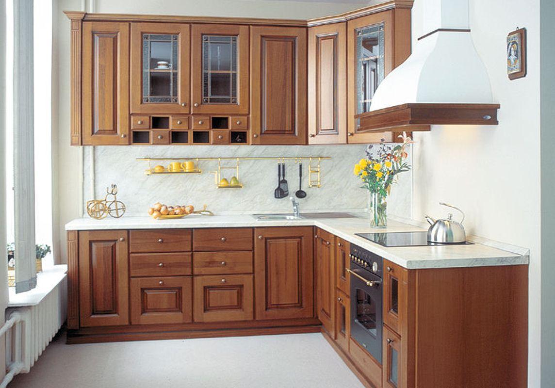 Угловый гарнитур для просторной кухни