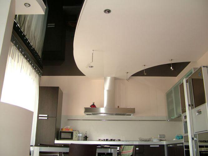 Отличный вариант для высоких потолков на кухне