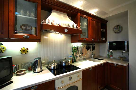 Освещение на кухне не только эстетика