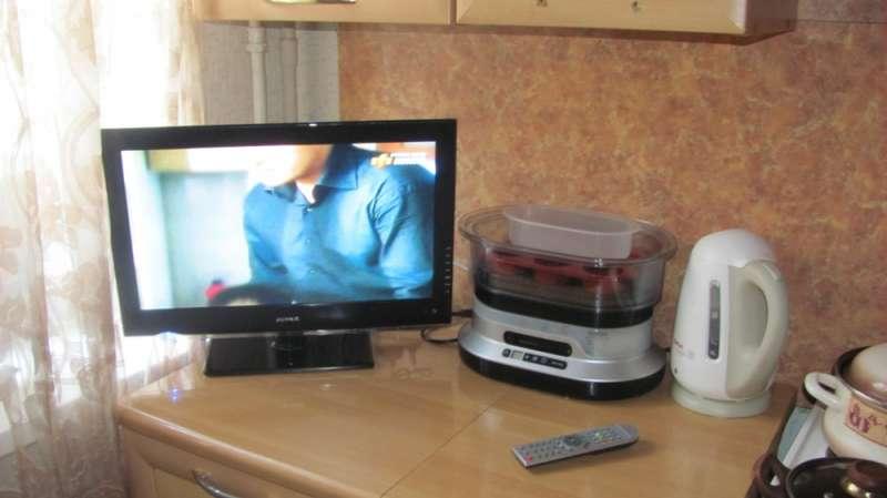 Для маленькой кухни маленький телевизор