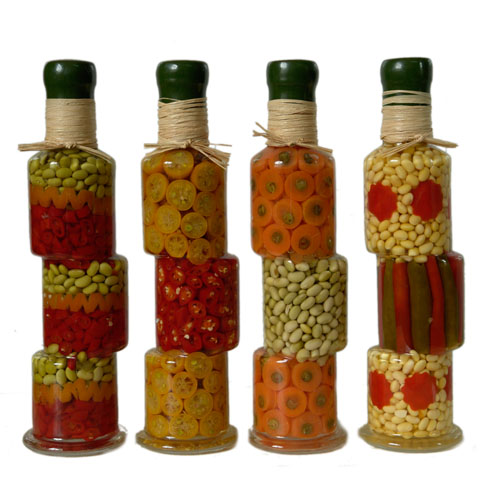 Декорирование бутылок овощами