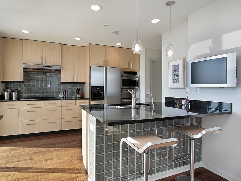 Островное расположение великолепный вариант для просторных кухонь.