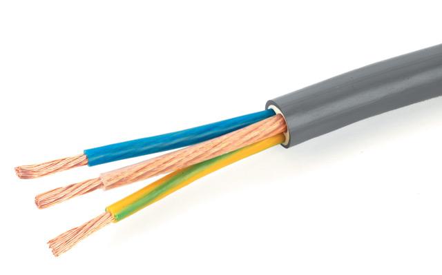 Трехжильный кабель необходим для вытяжной конструкции