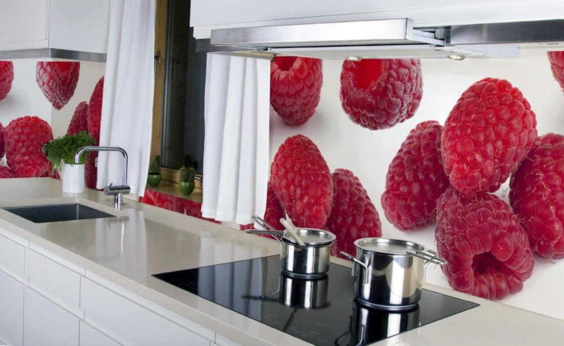 Фотообои придадут свежести интерьеру кухни