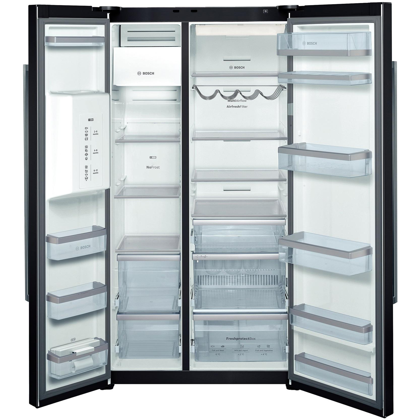 Большой холодильник с двумя камерами