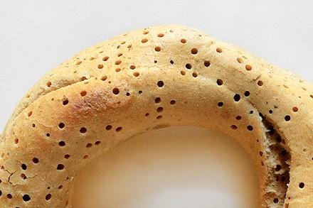 Хлеб пораженный хлебными точильщиками