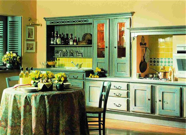Отделка стен и мебель в классическом средиземноморском стиле
