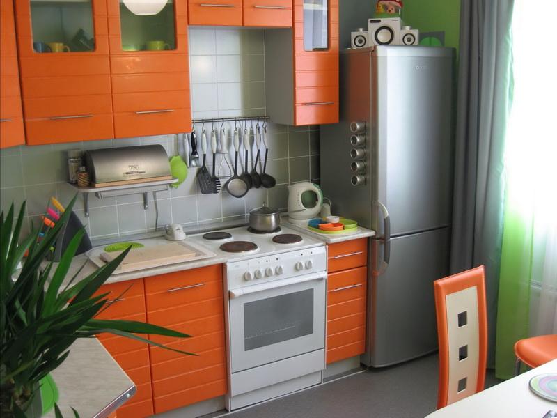 Компактная меблировка кухни