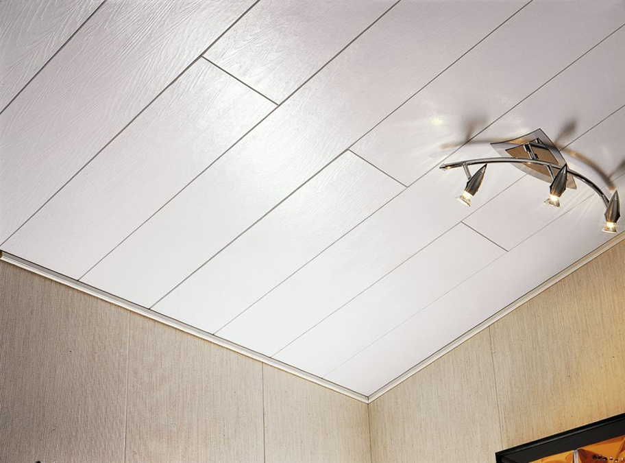 Потолок из панелей не требует особого ухода