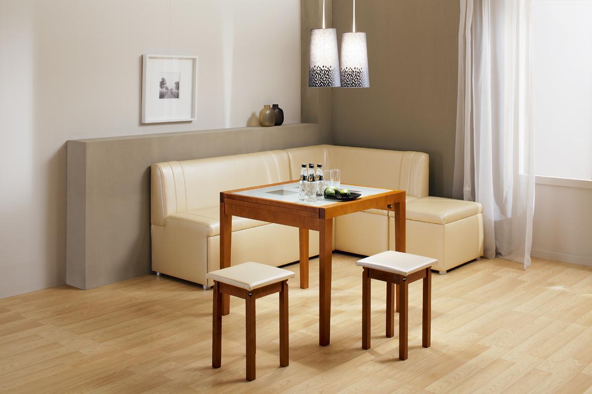 Кожаная обивка для дивана на кухне: оптимальное решение