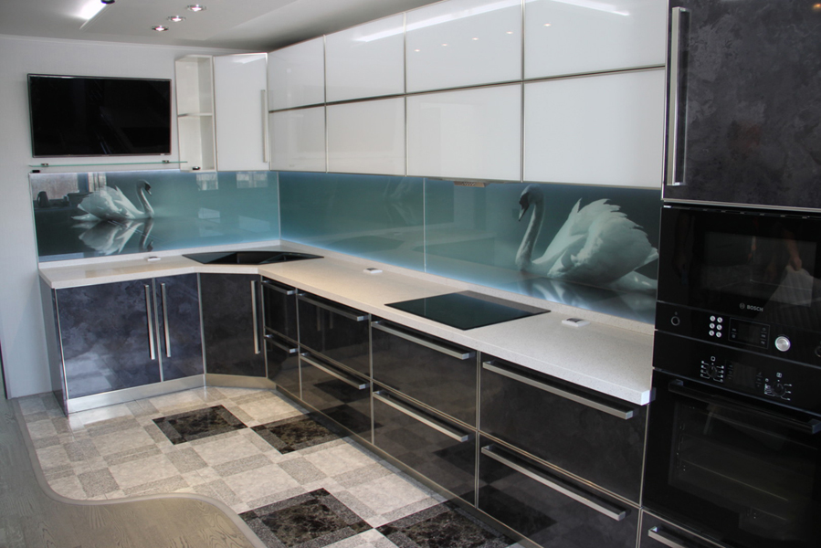 Матовые поверхности создают более дорогой и изысканный образ кухни