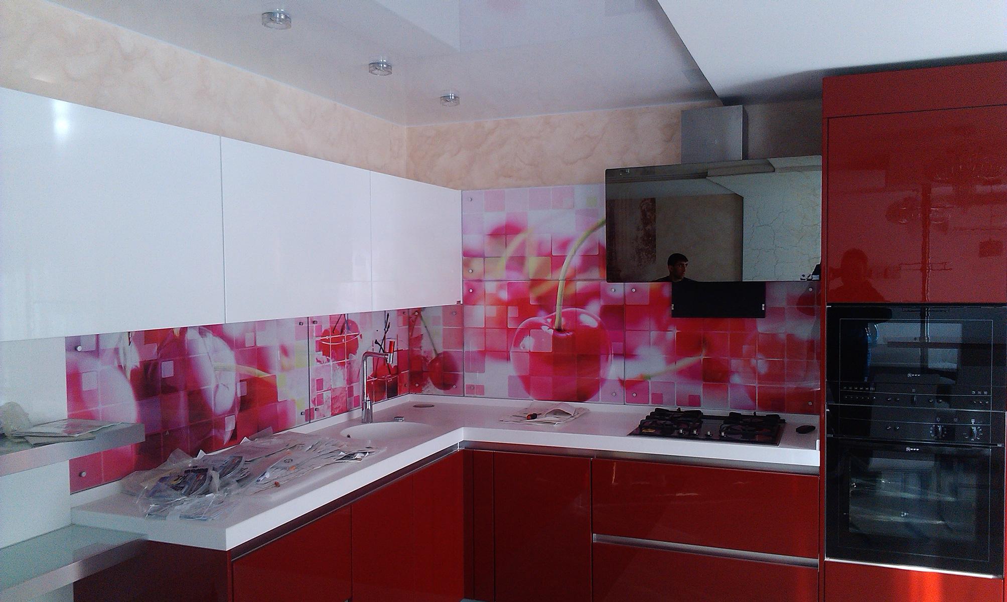Дизайн кухонных фартуков фото