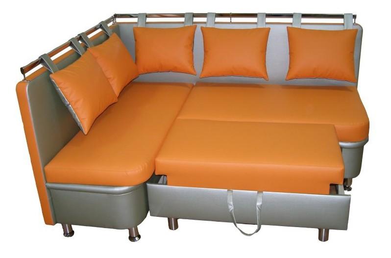 Стильный и яркий кухонный диван