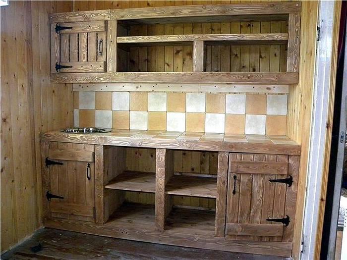 Кухонный гарнитур своими руками из дерева фото