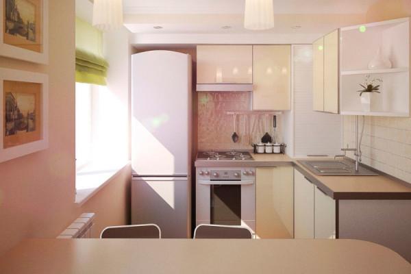 Небольшая кухня в светло-розовых тонах