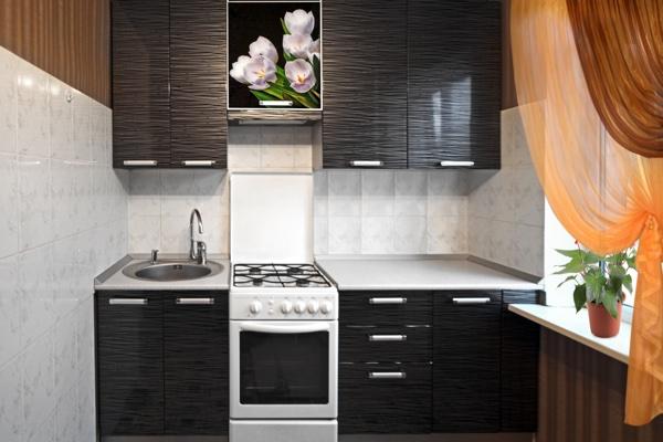 Кухня в хрущёвке включающая всё необходимое в интерьере