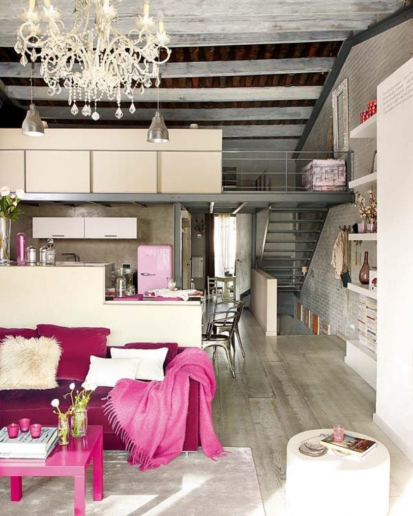 Кухня Лофт с розовыми элементами