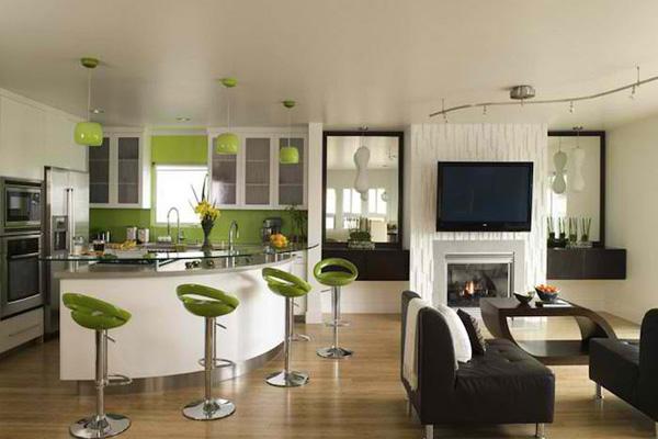 Студия-кухня с барной стойкой
