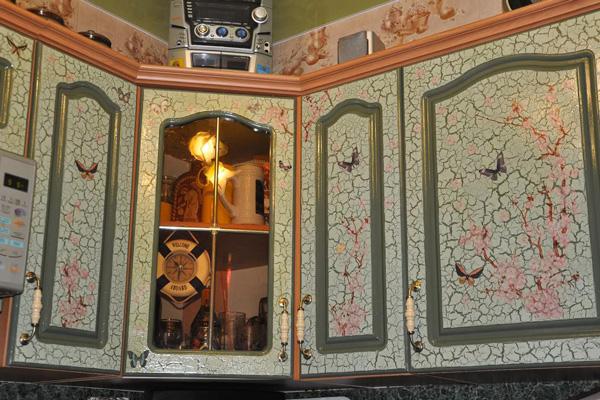 Декупаж старой кухонной мебели