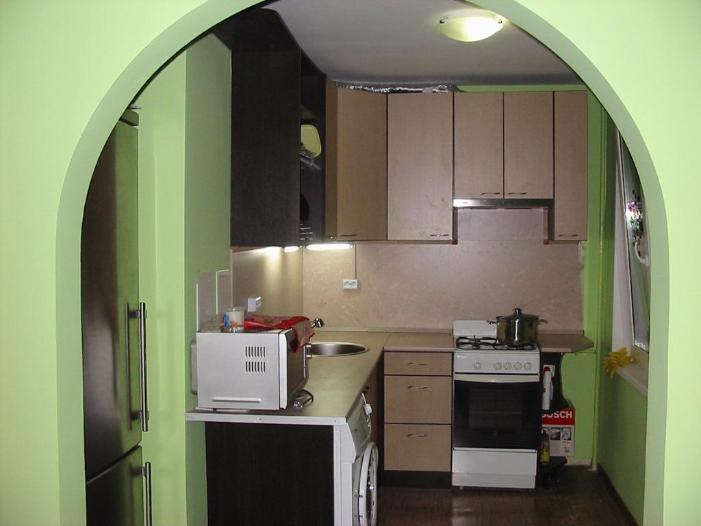 Фото дизайн маленькой кухни эконом класса