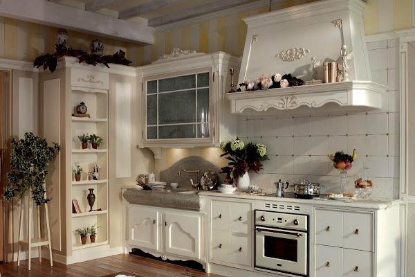 """Фартук выложенный плиткой в кухне """"Прованс"""""""