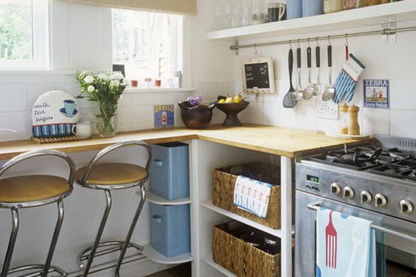 Естественное освещение кухни в дневное время