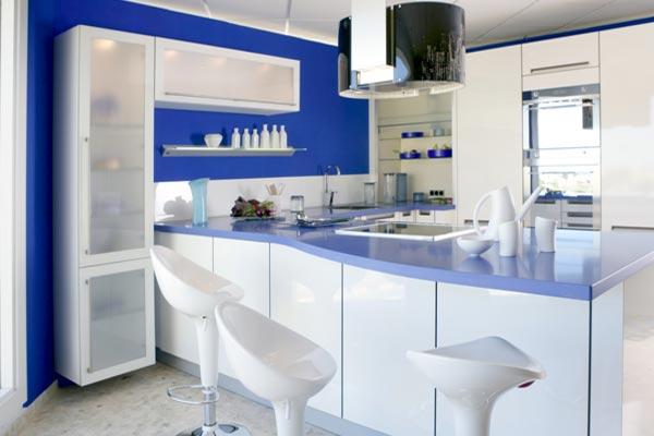 "Гарнитур в стиле ""Модерн"" с преобладающими синим и белым цветами"