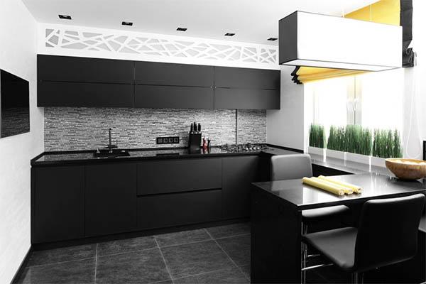 Дизайн небольшой кухни в чёрном цвете