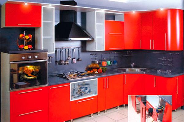 Красная кухня в хрущёвке