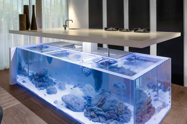Стол–аквариум