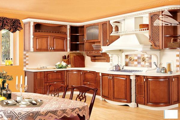 Классическая кухня из массива ясеня
