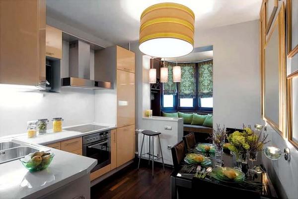 Барная стойка на кухне, совмещённой с балконом