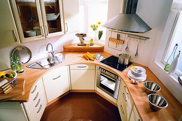 Вариант обстановки маленькой кухни